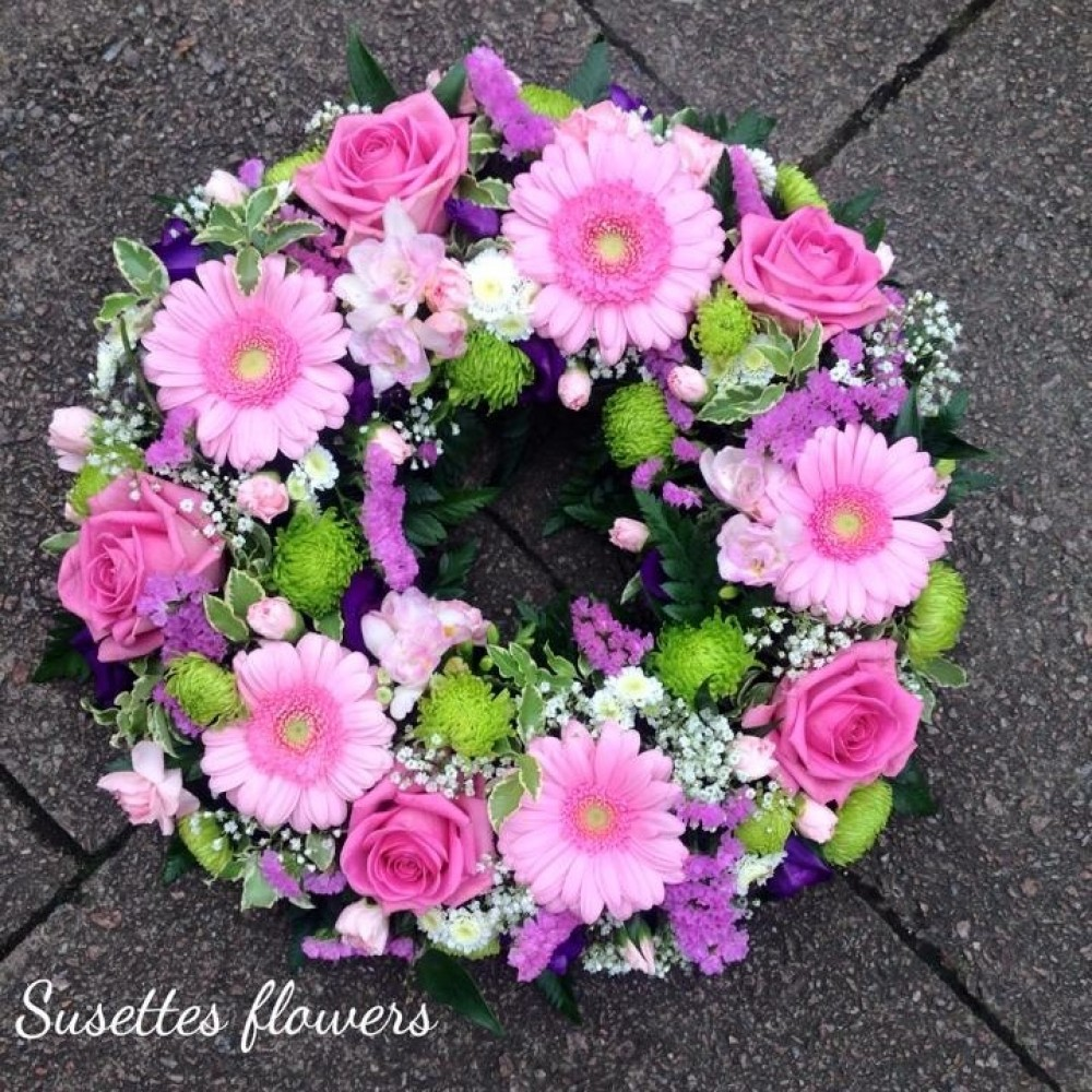 Pink Rose Germini Wreath Susettes Flowers