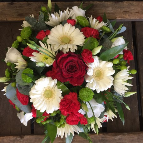 Red Green & White Posy Pad